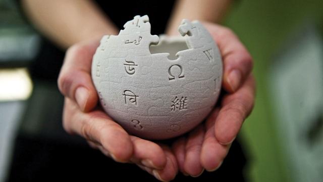 Не доверять больше «Википедии» призвал ее соучредитель