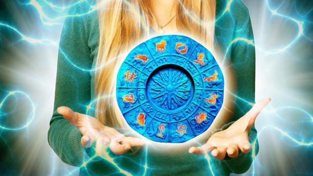 Энергоцелители: какие знаки Зодиака наделены сверхспособностями?