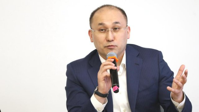 О положении русского языка в Казахстане высказался Даурен Абаев