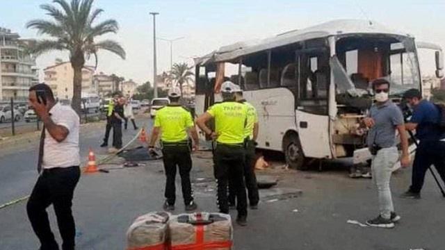 Автобус с россиянами разбился в Турции: Есть погибшие