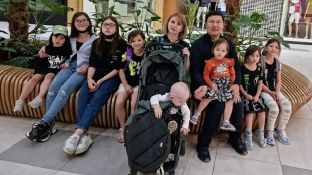 Как живет интернациональная семья из Павлодара с десятью детьми