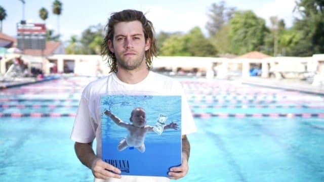 Спенсер Элден с обложки альбома Nirvana подал в суд на музыкантов