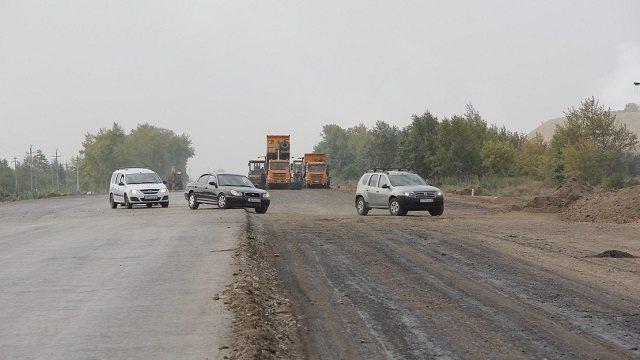«Плохая объездная»: Водители мешают ремонту трассы под Рудным