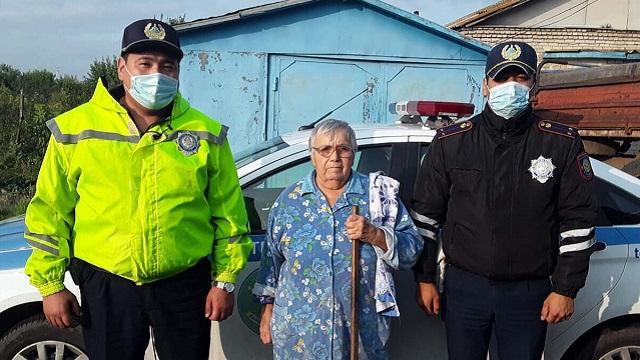 Полицейские СКО спасли из задымленного дома 80-летнюю сельчанку