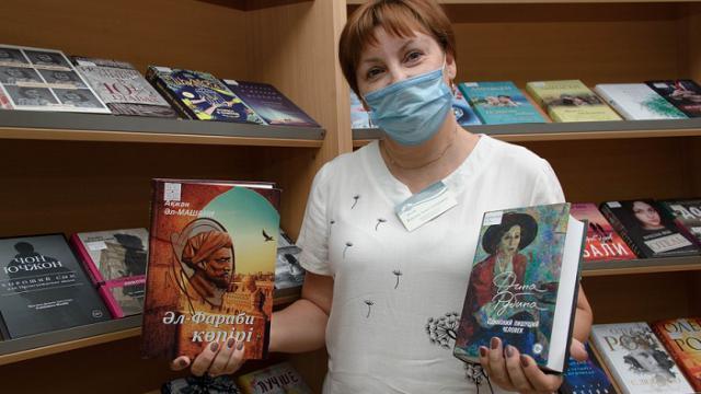 Как пополняется книжный фонд библиотеки имени Толстого в Костанае