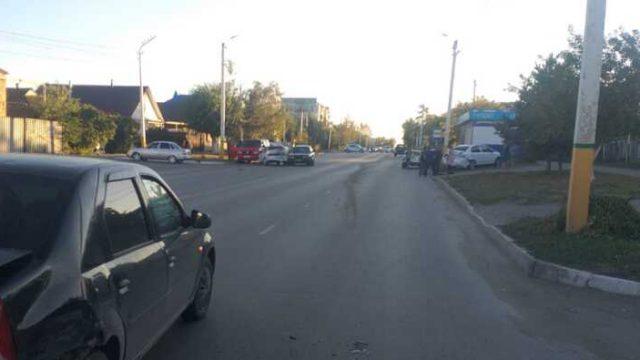 Авария с участием шести автомобилей произошла в Костанае