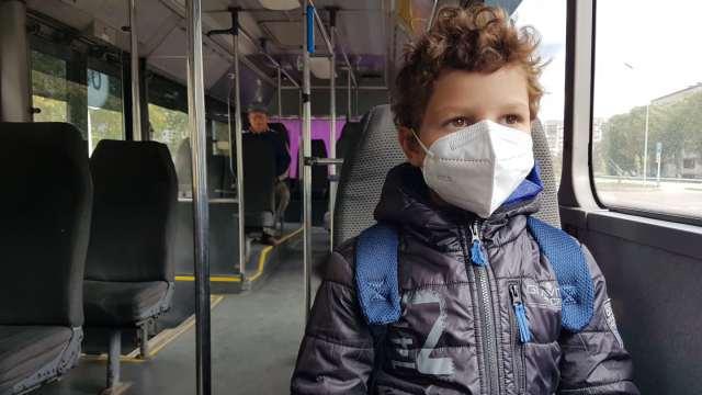 Беспечных казахстанцев штрафуют за отсутствие масок в автобусах