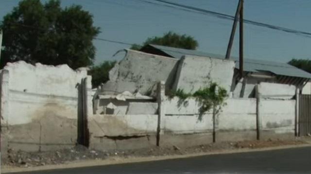 Трагедия в Таразе: На восьмилетнего ребенка упала бетонная плита