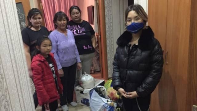 Неравнодушные люди помогли семье погорельцев в Костанае