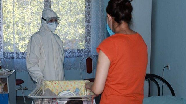 «Родила после реанимации»: Казахстанка о своей истории с КВИ