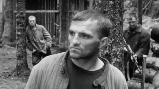 Отрицавший коронавирус актёр Руслан Дулич умер в 40 лет