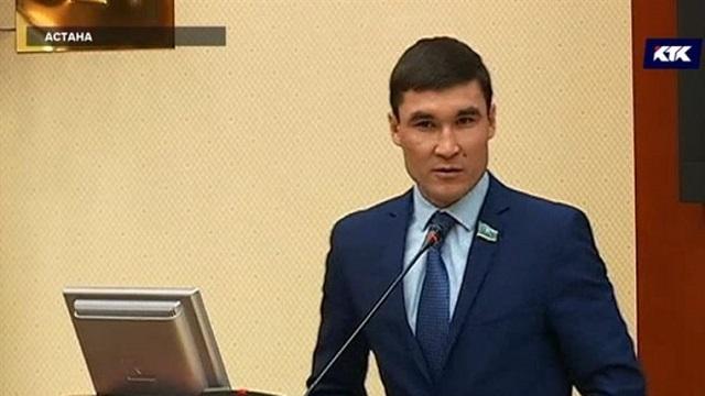 Серик Сапиев освобожден от занимаемой должности