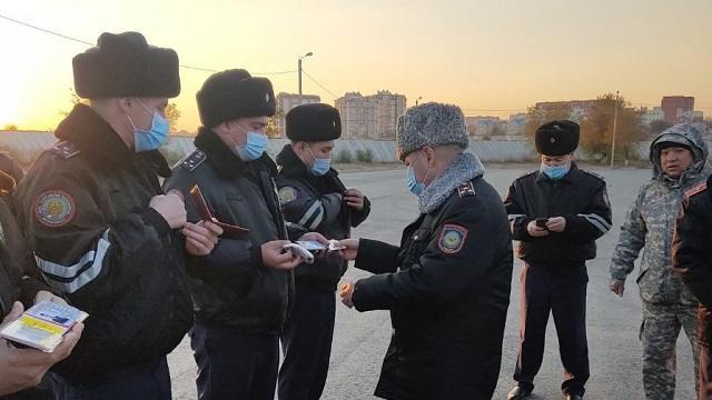На зимнюю форму одежды перешли полицейские Костаная